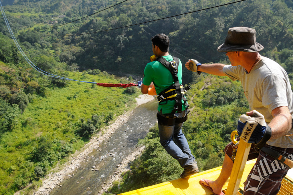 Giant Swing: Try the Secure Giant Swing in Rishikesh