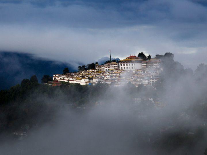 Explore the Beauty of Tawang City