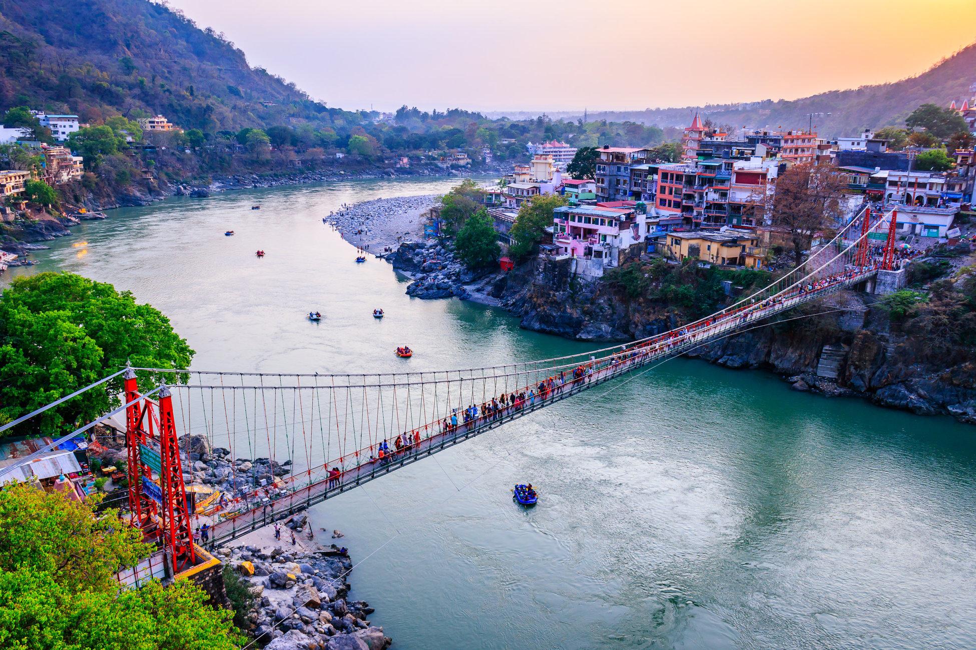 Rishikesh: Spiritual Gateway to the Garhwal Himalayas