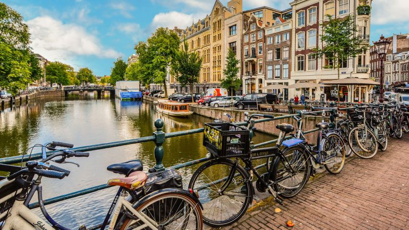 Travel in Complete Luxury to Amsterdam!