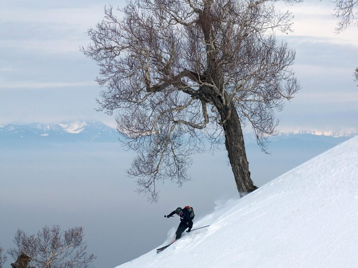 Why Must One Try Skiing in Gulmarg!
