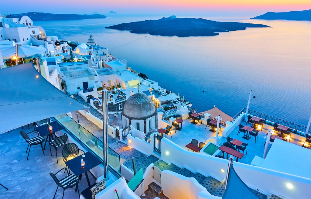 Visit The Historical Marvel, The Country of Greece!