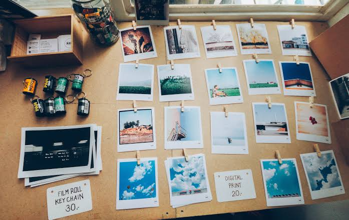 Design Your Walls Creatively With Travel Memories!