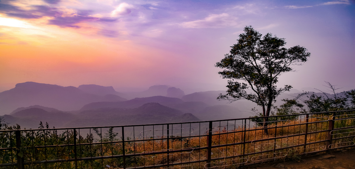 Pachmarhi: Beautiful Hill station with Great Falls